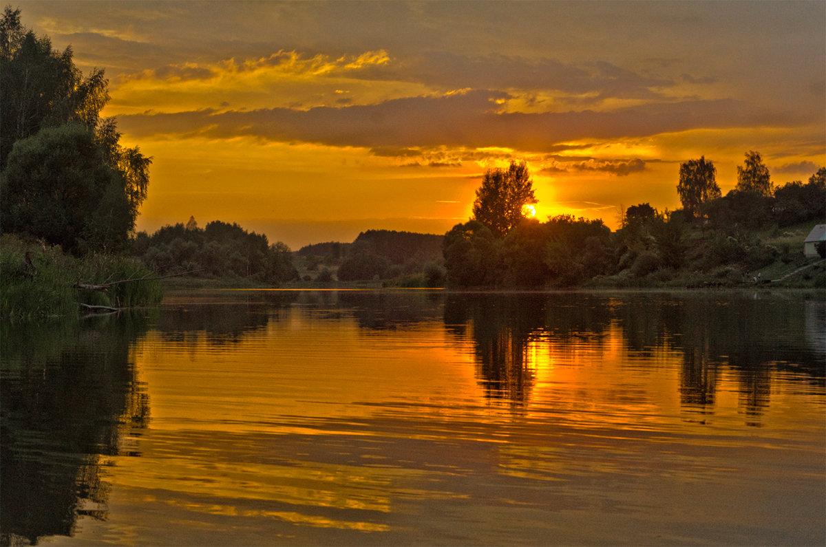 Закат на озере Городец - Александр Березуцкий (nevant60)