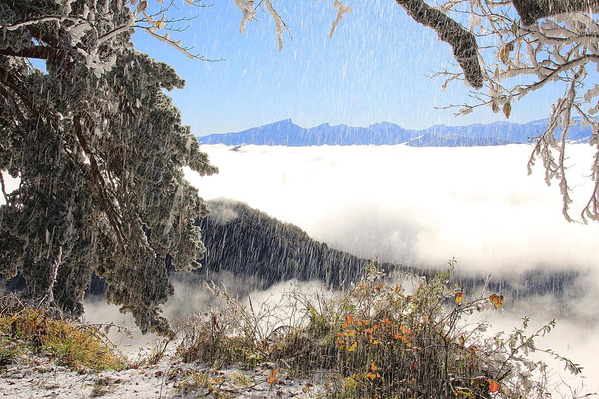 Ледяной дождь - Константин Снежин