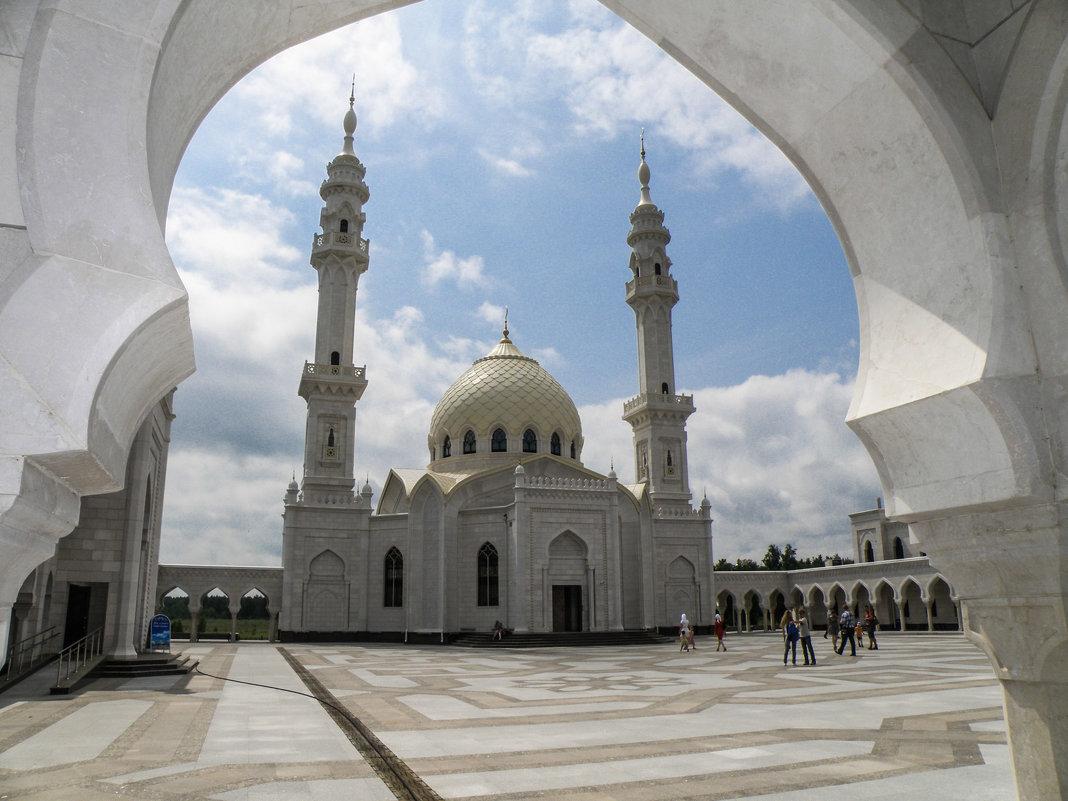 Белая мечеть - Андрей Головкин