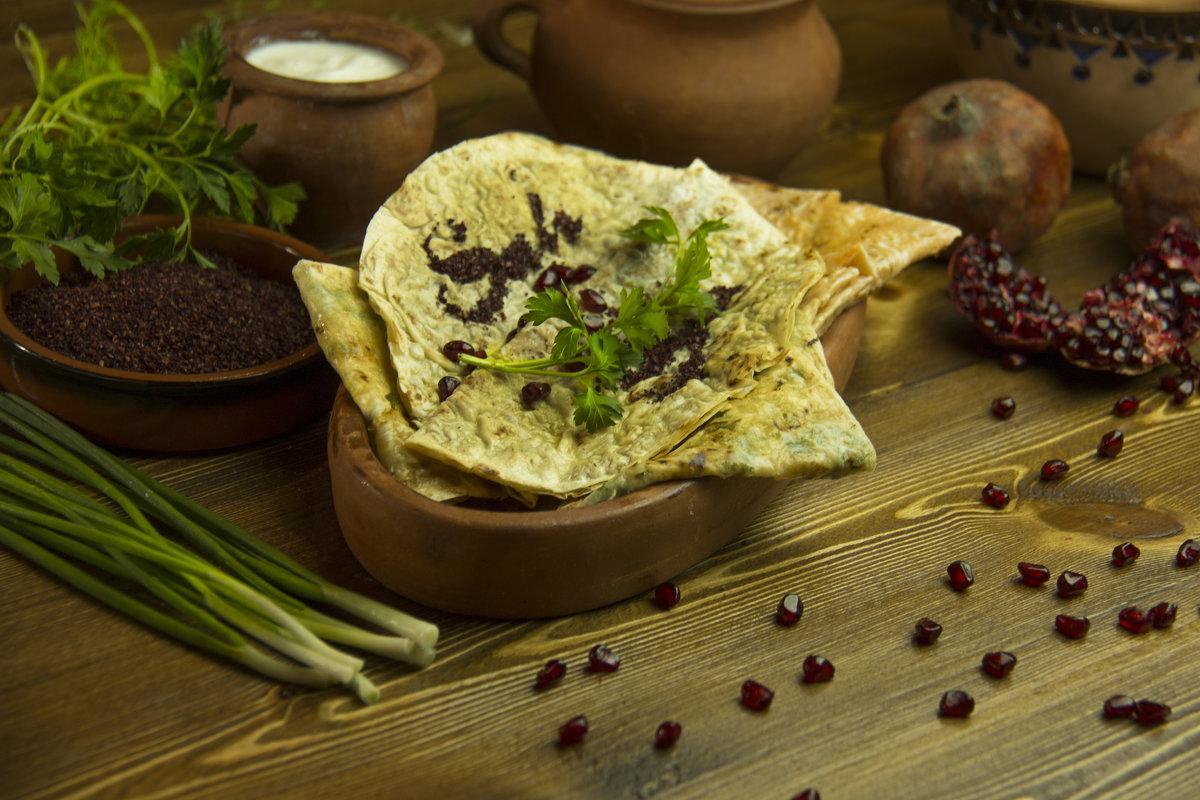 Кавказкая кухня: Кутаб - Эмиль Абд