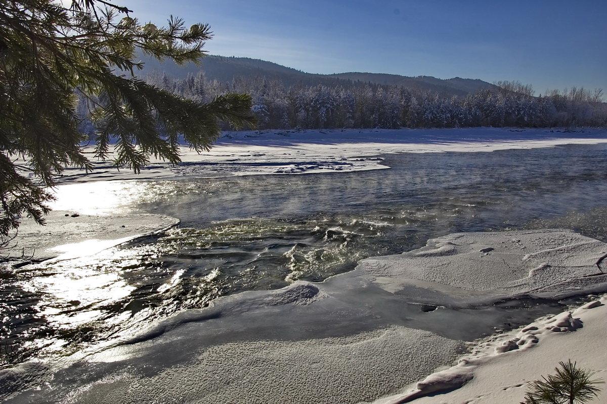 Ледяные воды Кизира - Александр Рождественский
