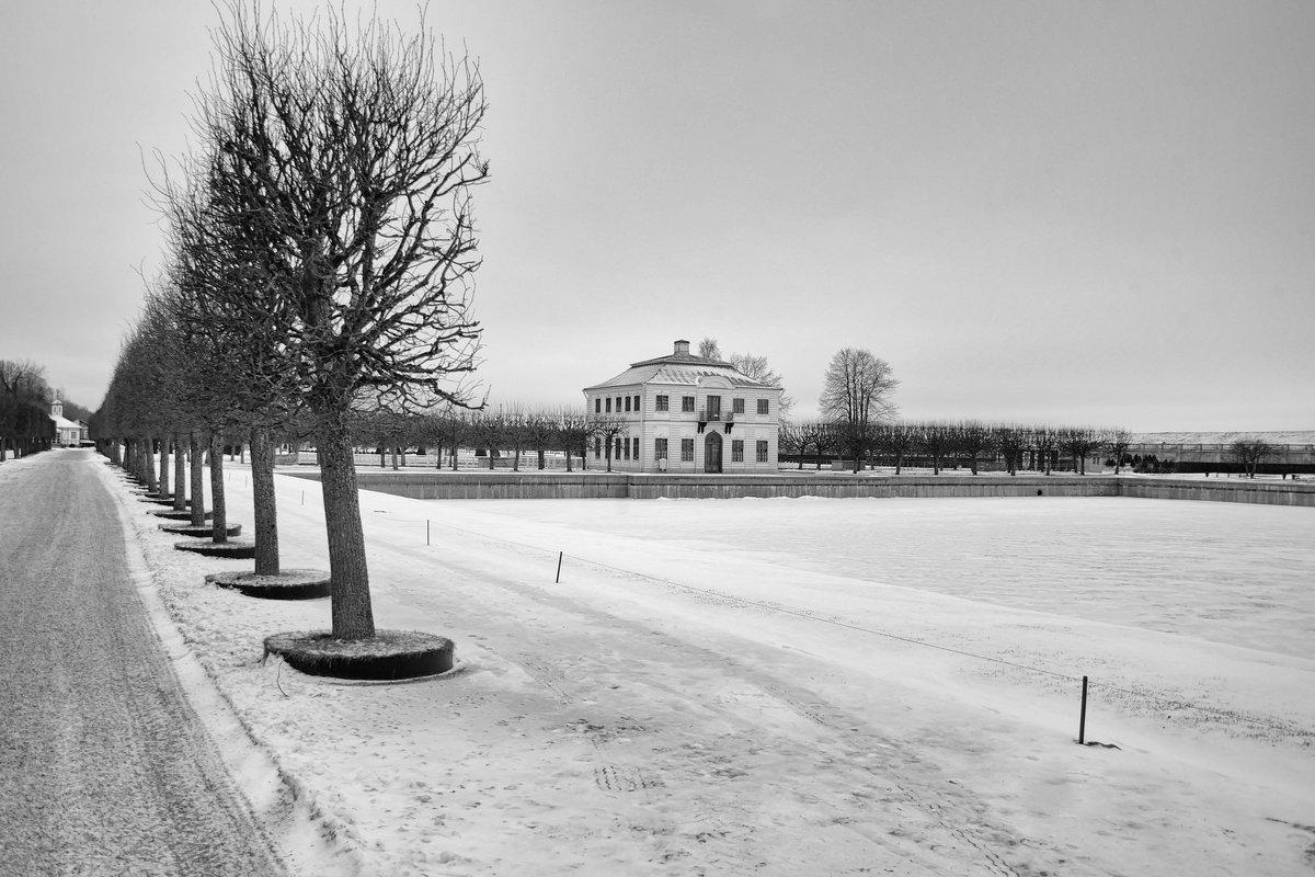 зимой у фонтанов - Сергей Базылев
