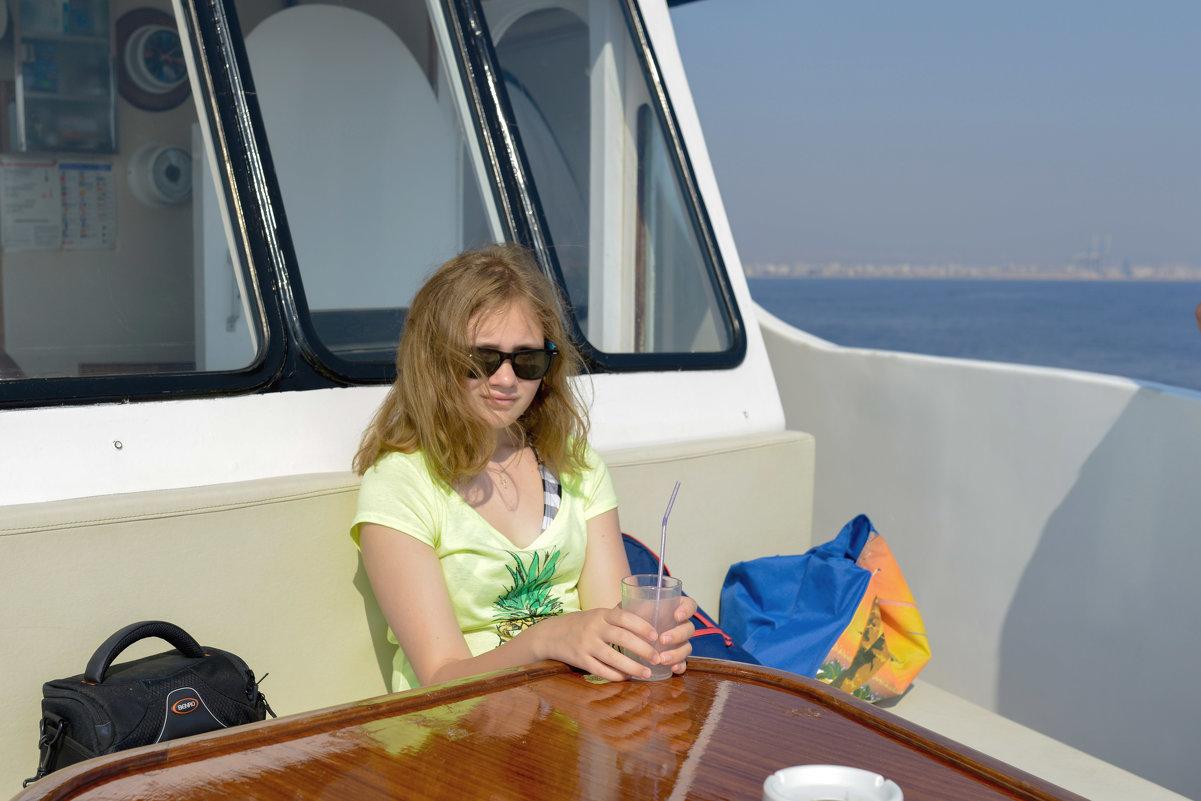 Кипр, Ларнака, Средиземное море. - Виктор Куприянов