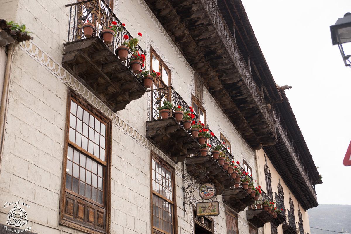 Знаменитый дом с балконом La Orotava - Bogdan Snegureac