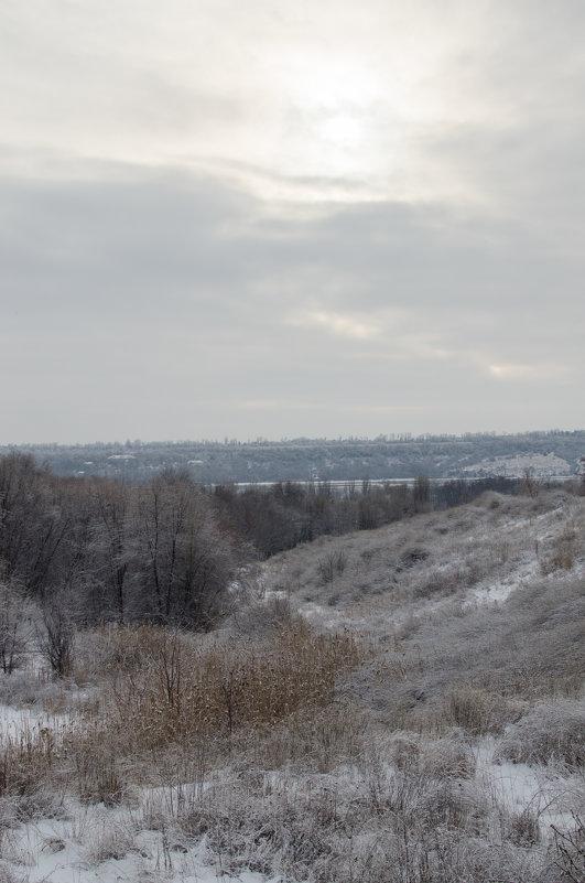 Берег зимнего Днепра - Сергей Давыденко