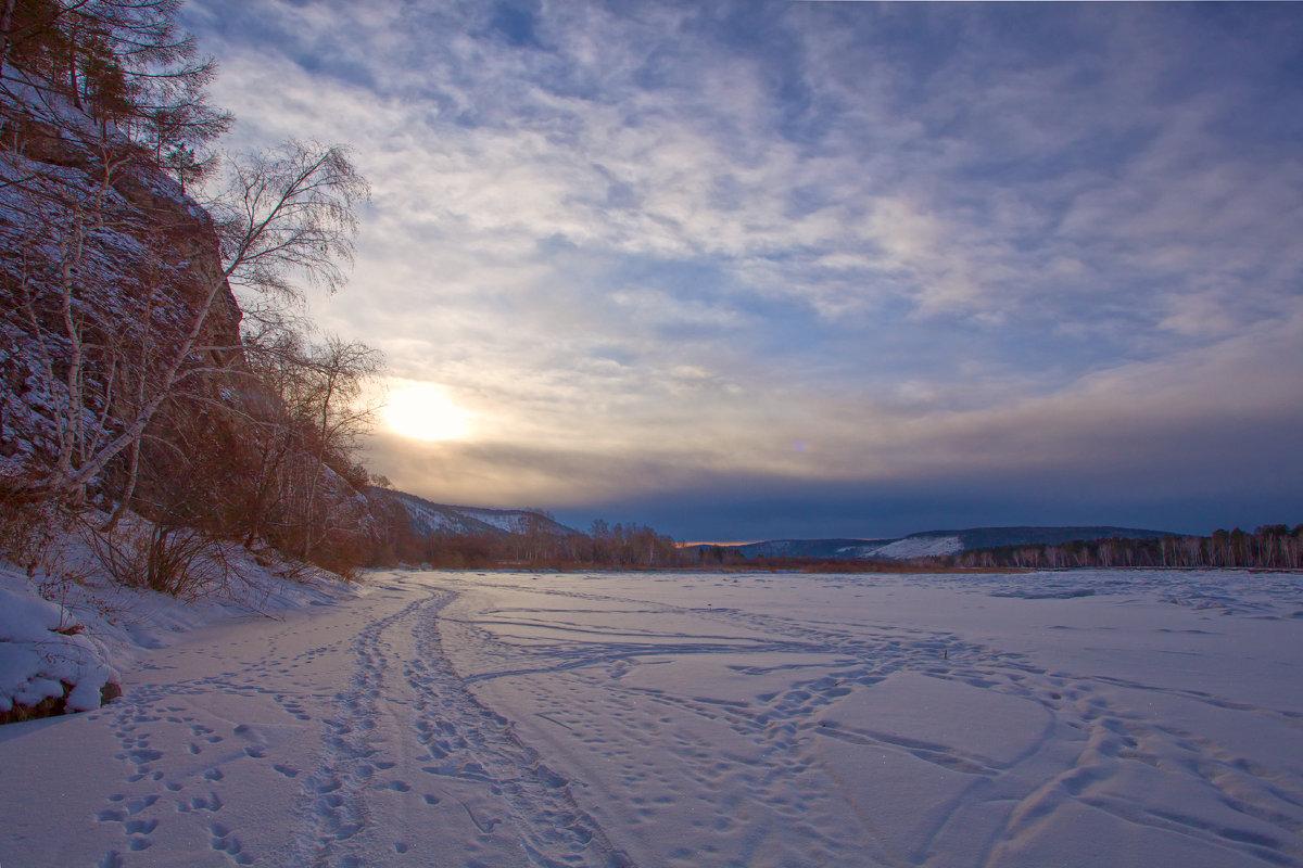 Следы на замёрзшей реке - Анатолий Иргл
