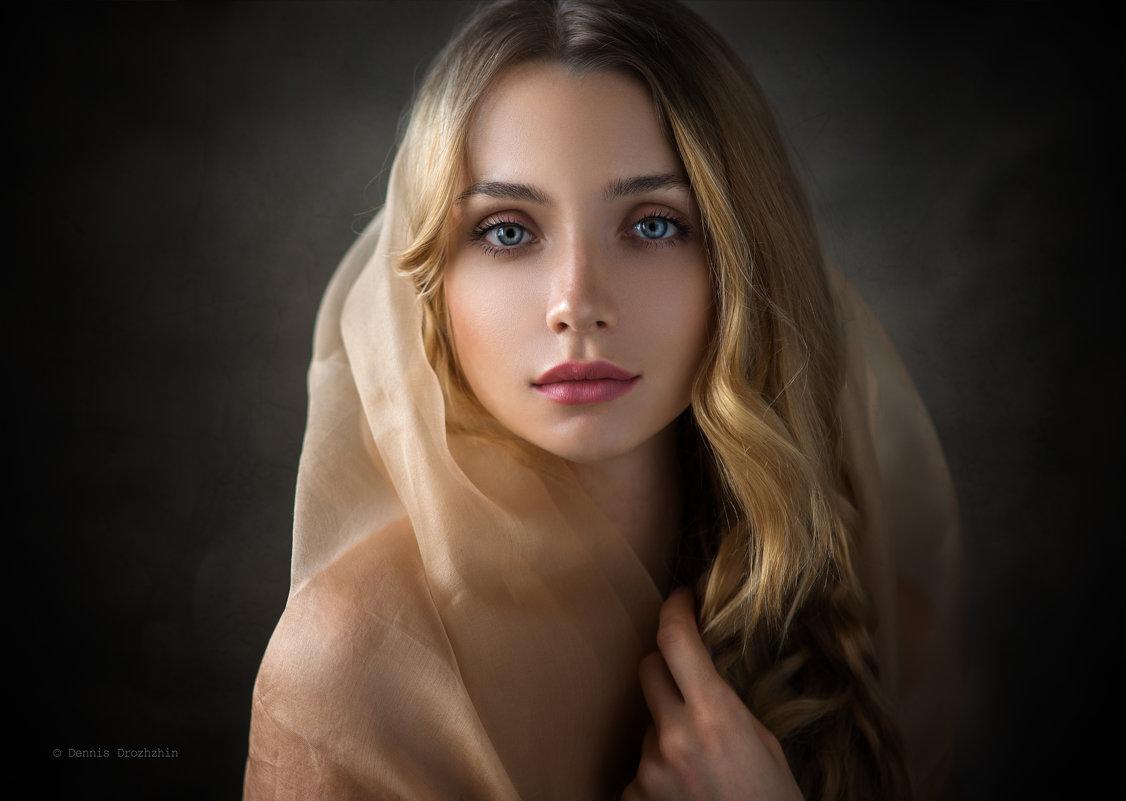 Bella - Денис Дрожжин