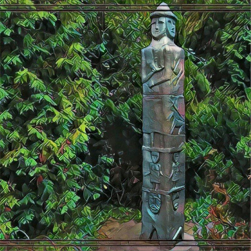 Статуя слявянского Бога Святовита - Владимир Бровко