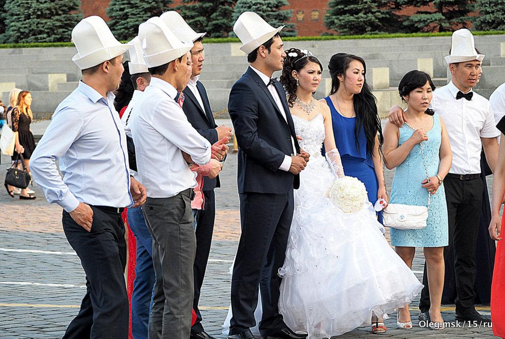 а,это свадьба,свадьба,свадьба - Олег Лукьянов