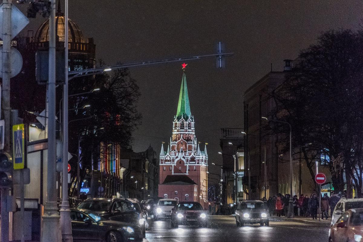 Москва новогодняя. - Владимир Безбородов