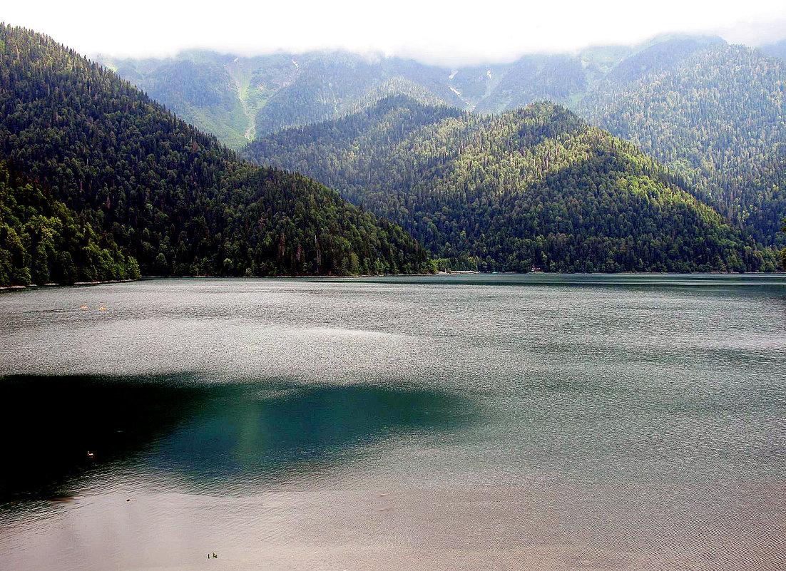 Озеро  Рица в  горном   тумане... - Игорь Пляскин