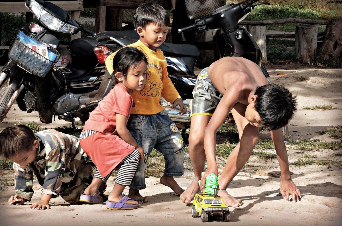 Жизнь кхмерской деревни - Tatiana Belyatskaya