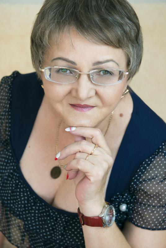 Портрет - Элеонора Флаум