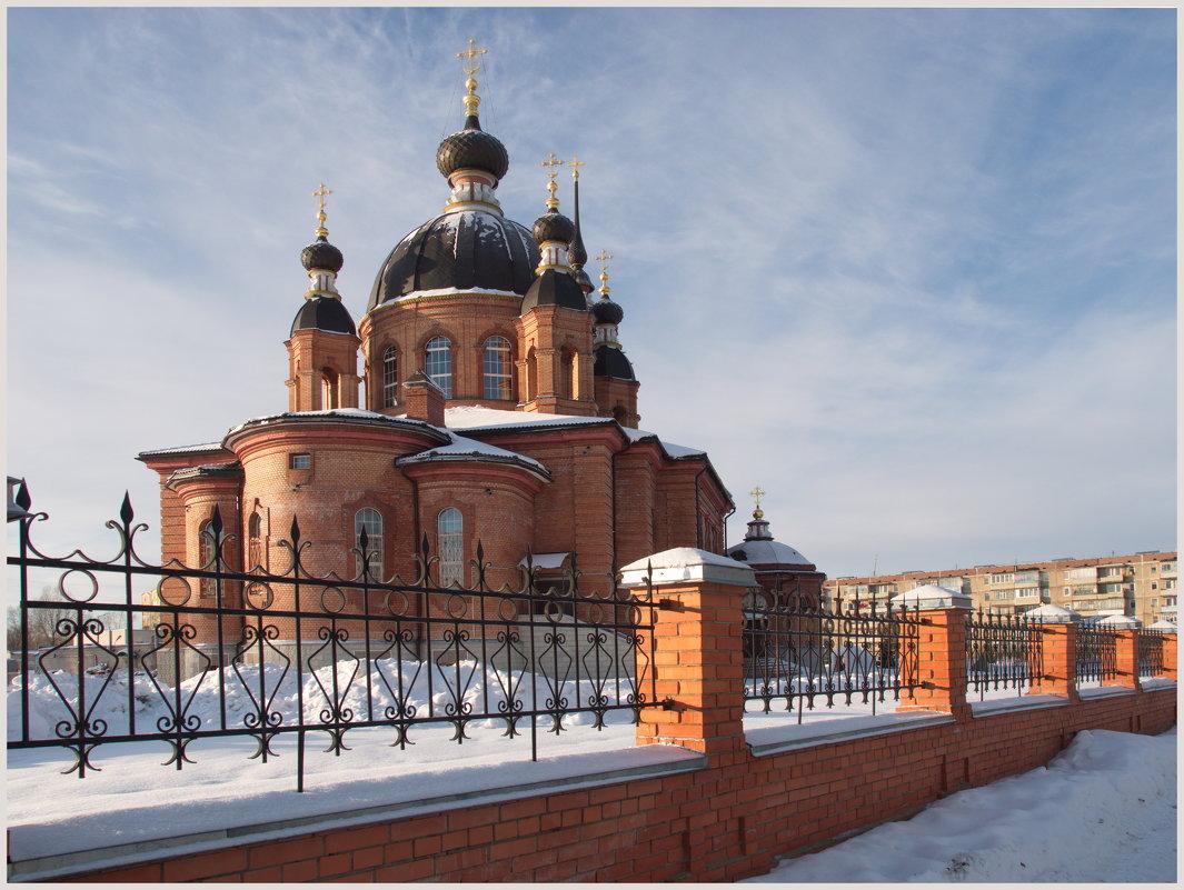 Свято-Тихоновский храм в Волгореченске. - Олег Савицкий