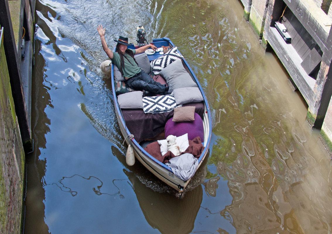 Ковбой из Амстердама - Валерий Кишилов
