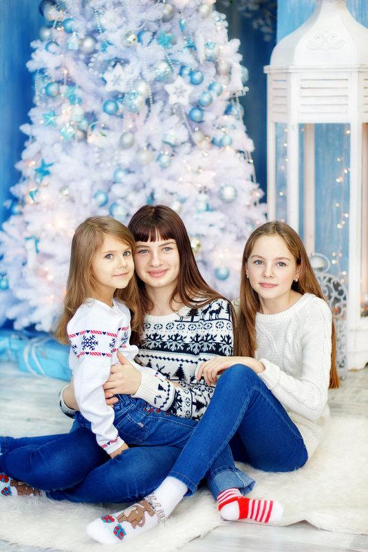 Три сестры - Александр и Лариса Коноплины