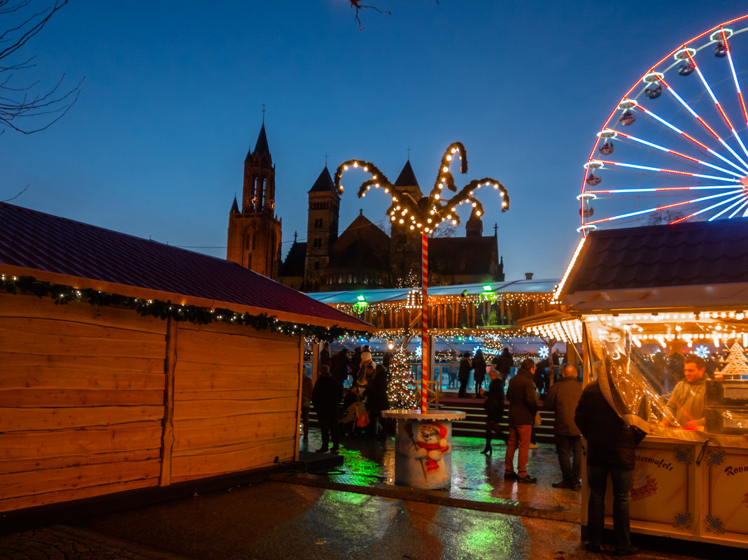 Маастрихт, рождественский вечер, Голландия - Witalij Loewin
