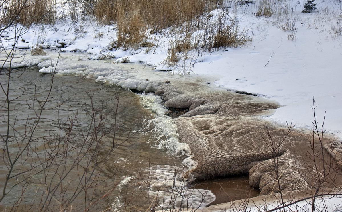 Украшает берега на морозе Ладога... - Валентина Харламова