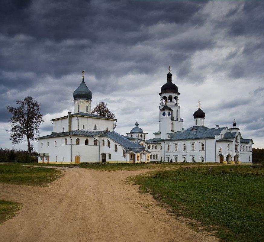 мужской монастырь - ник. петрович земцов