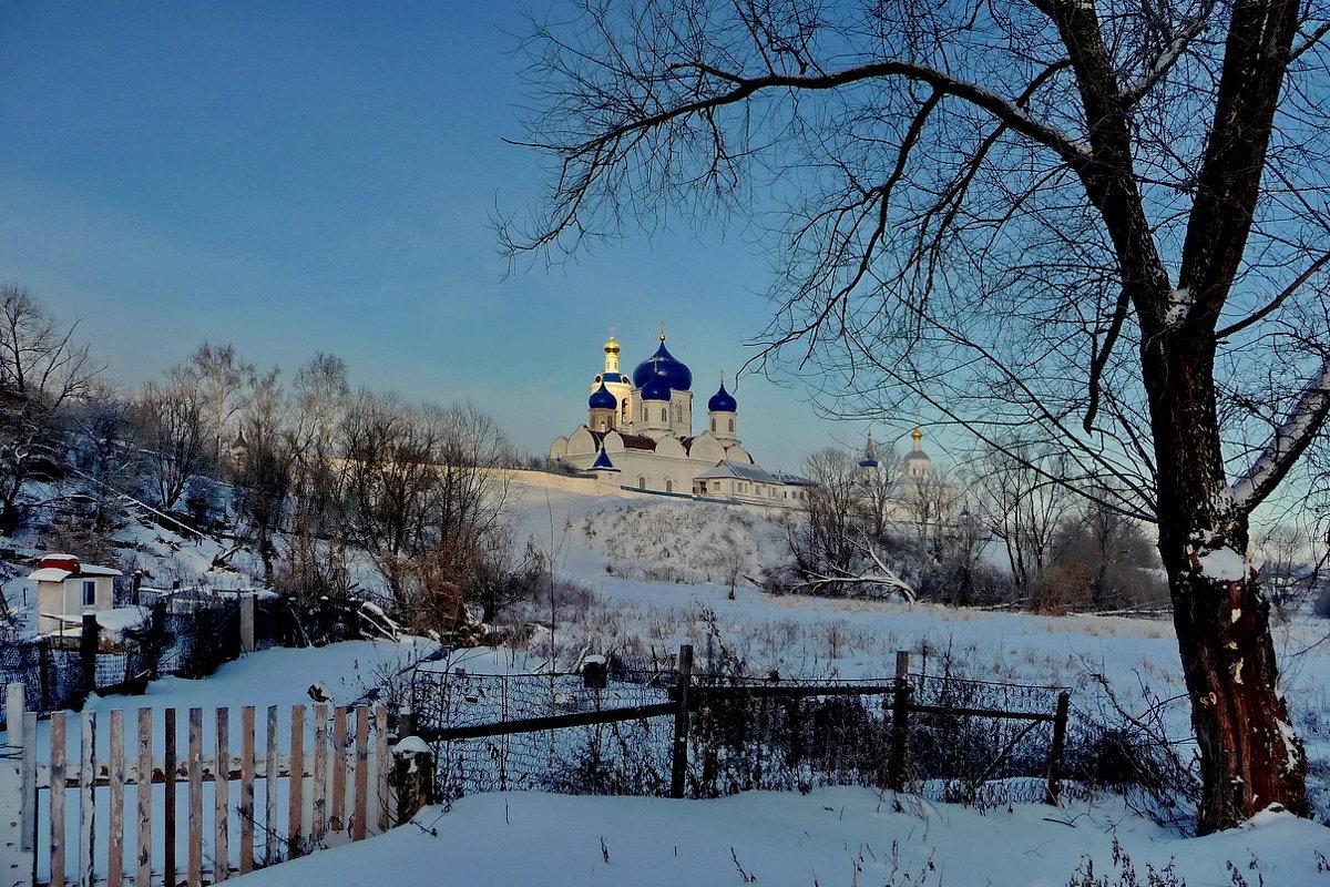 Близ монастыря! - Владимир Шошин