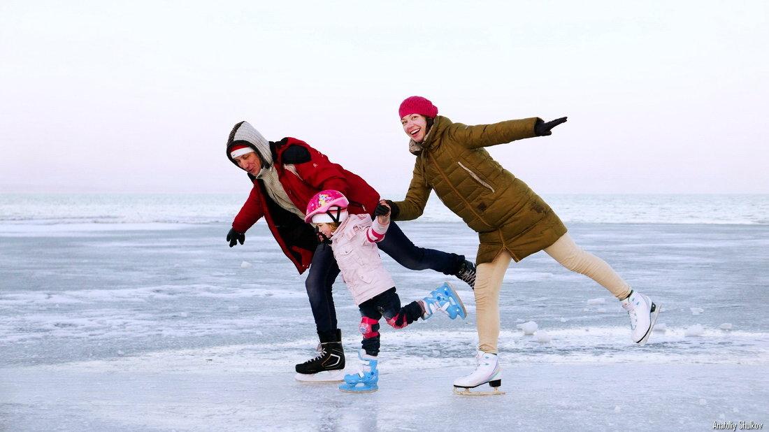 冰场将开始在纳霍德卡建造