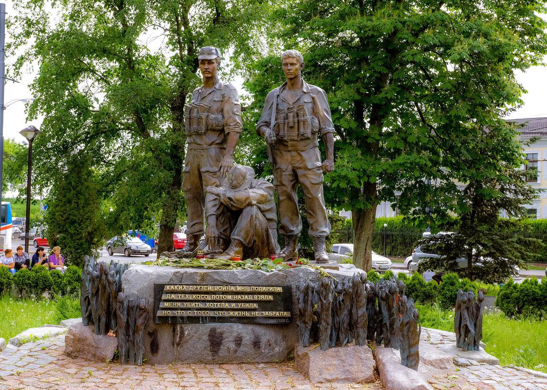Памятник воинам Авганцам в Киеве. - Владимир Орлов