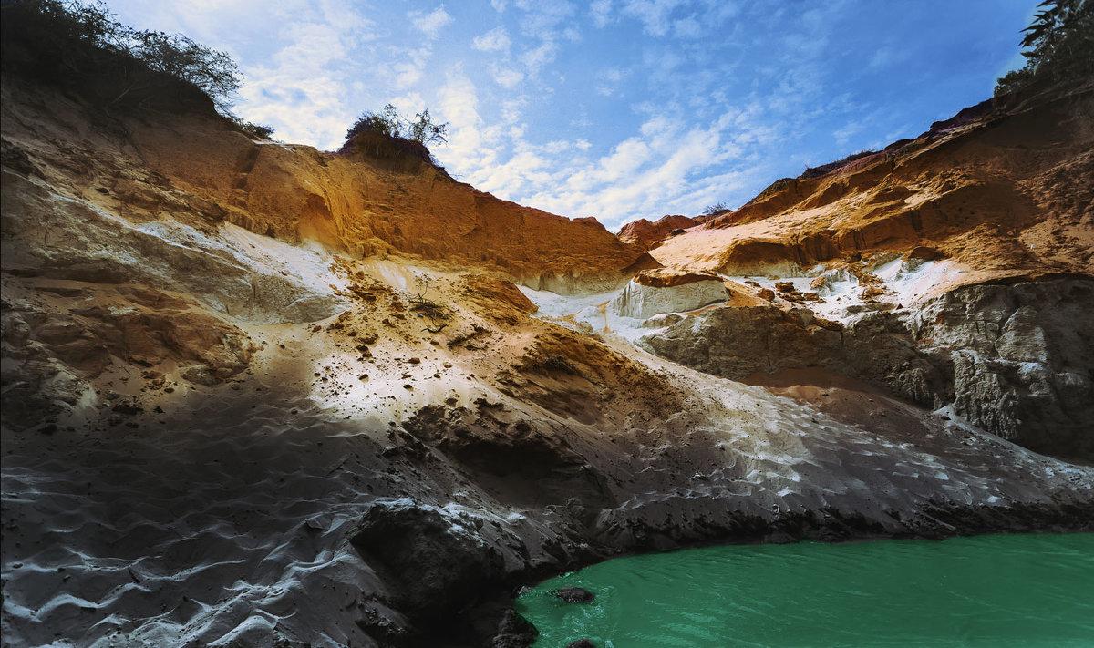 Взгляд из пещеры...центральный Вьетнам! - Александр Вивчарик