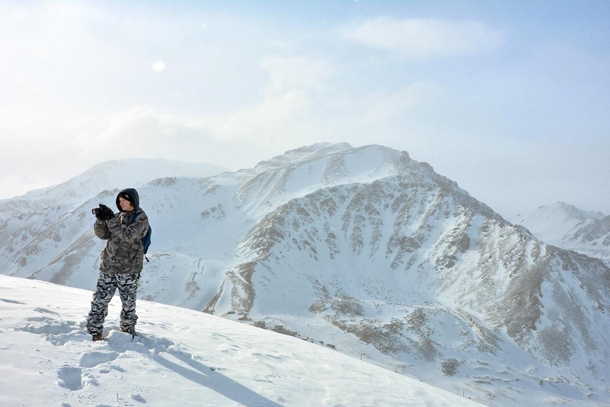 Турист в горах - Горный турист Иван Иванов
