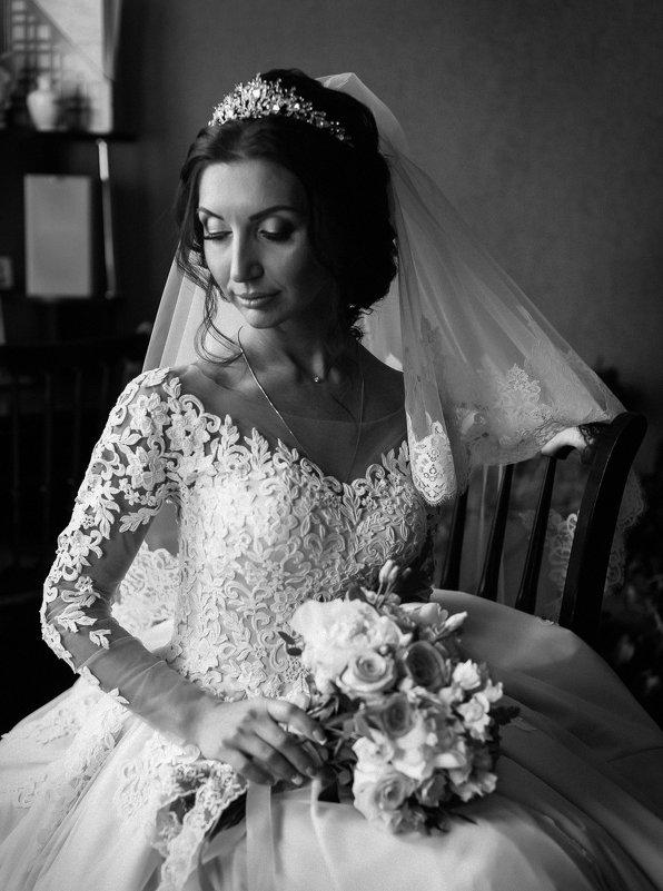 чб портрет невесты - Батик Табуев