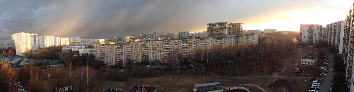 ужасная весна в Москве - Лариса Батурова