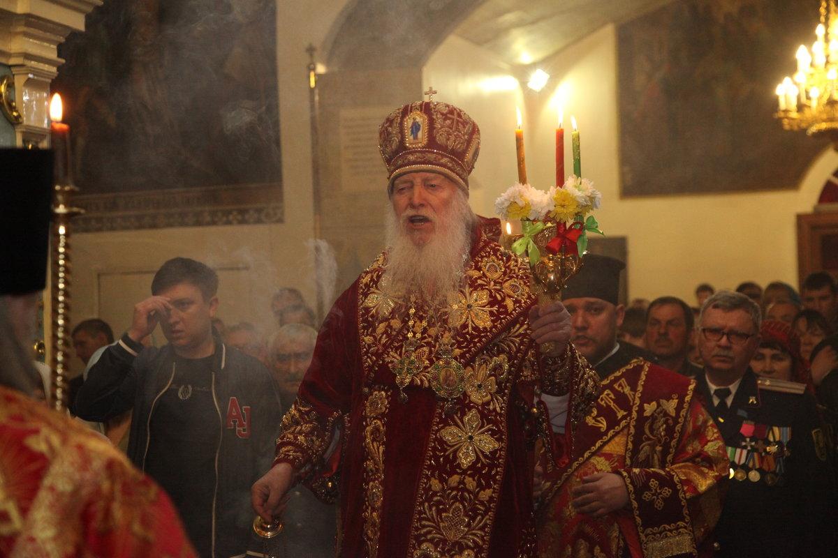 В церкви на пасху - Dmitriy Predybailo