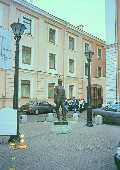 памятник - Miko Baltiyskiy