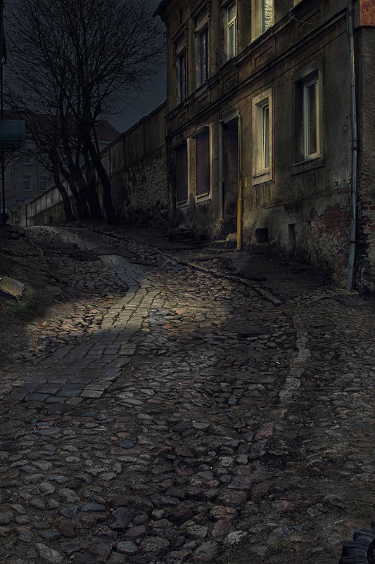 в старом городе... - Владимир Матва