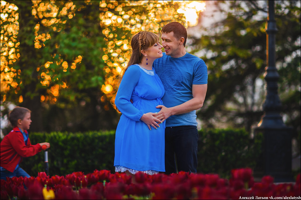 Счастливая семья) - Алексей Латыш