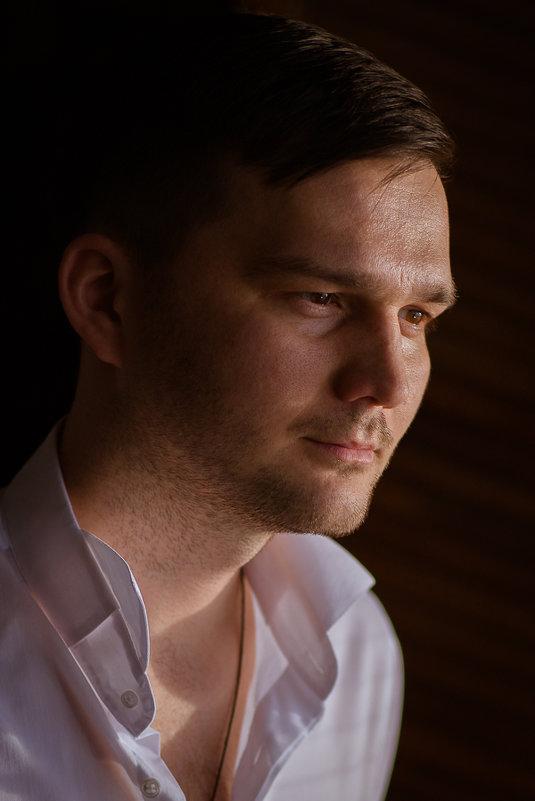 Портретная съемка (в студии) - Николай Сардаев