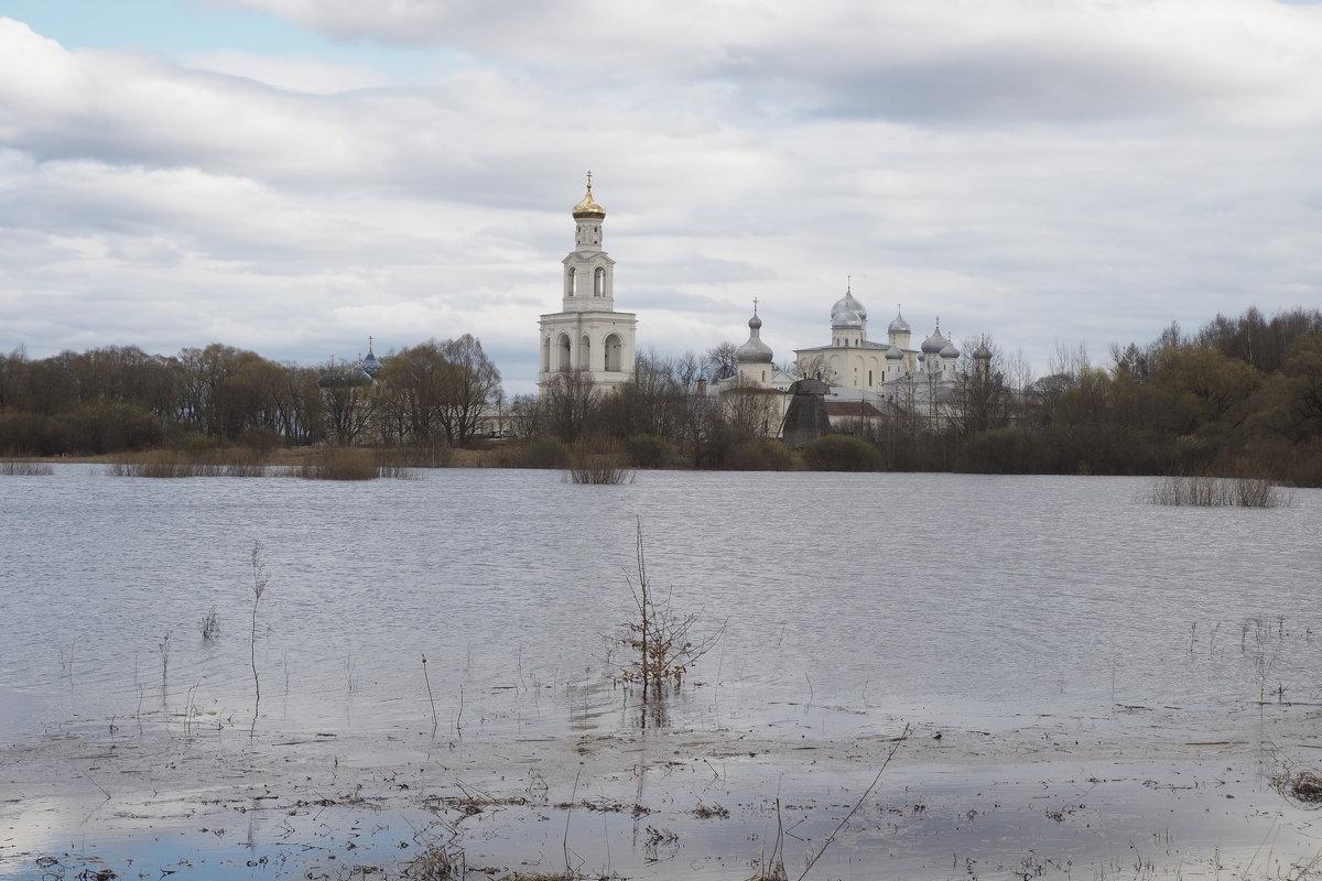 Юрьево монастырь. Великий Новгород. - Олег Фролов