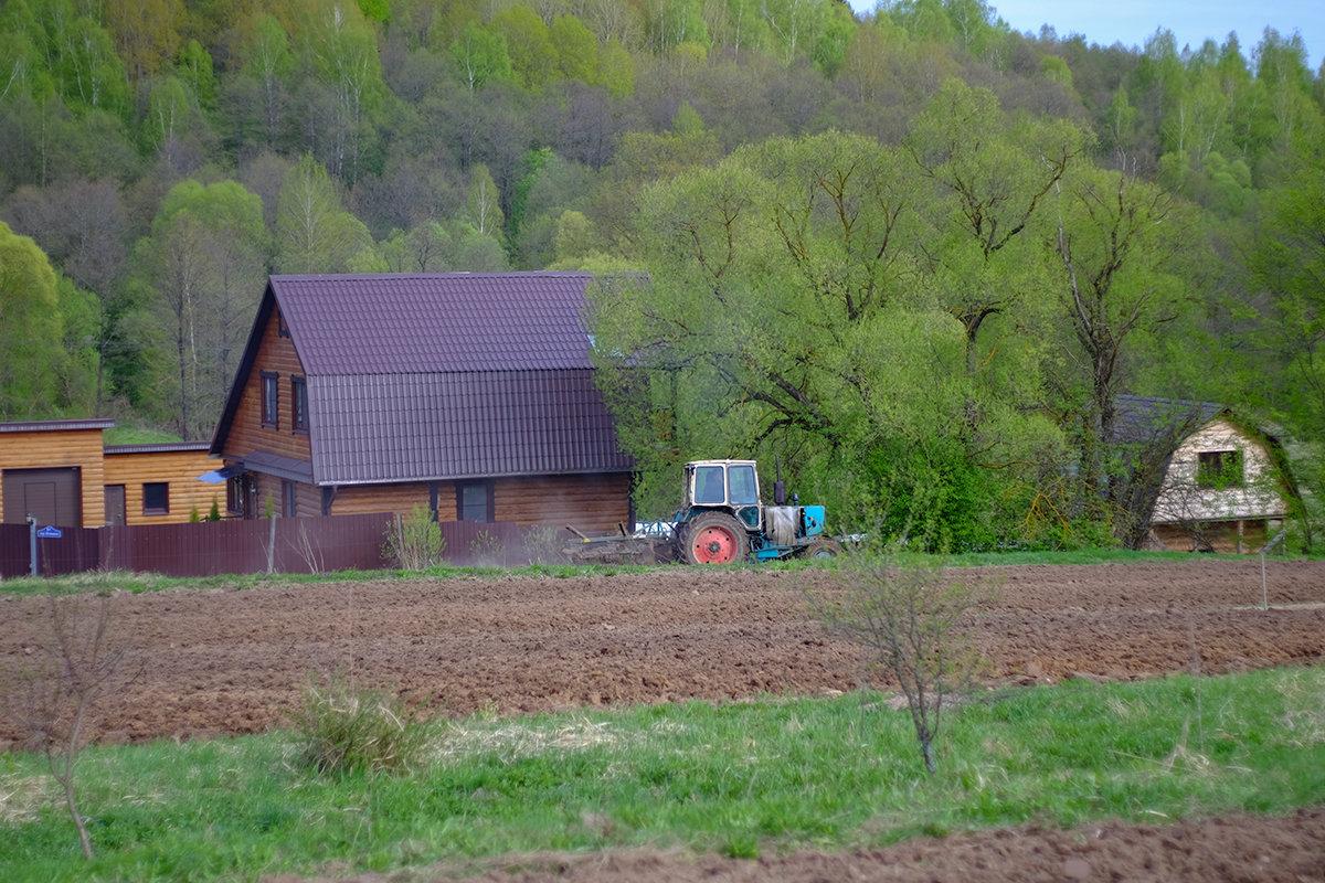 Весна в деревне - Виктор