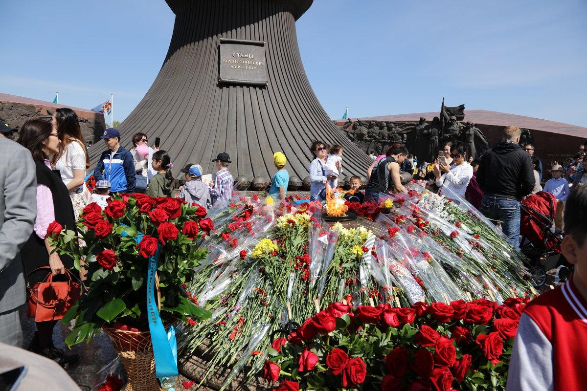 9 мая Астана - Sergey Prussakov