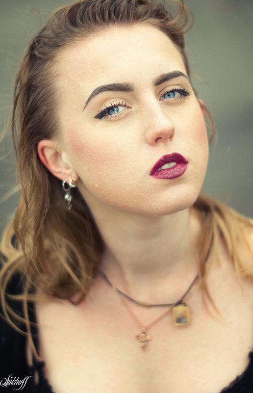 Евгения - Денис