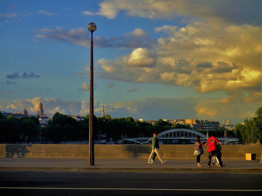 Закат над Парижем... - Sergey Gordoff