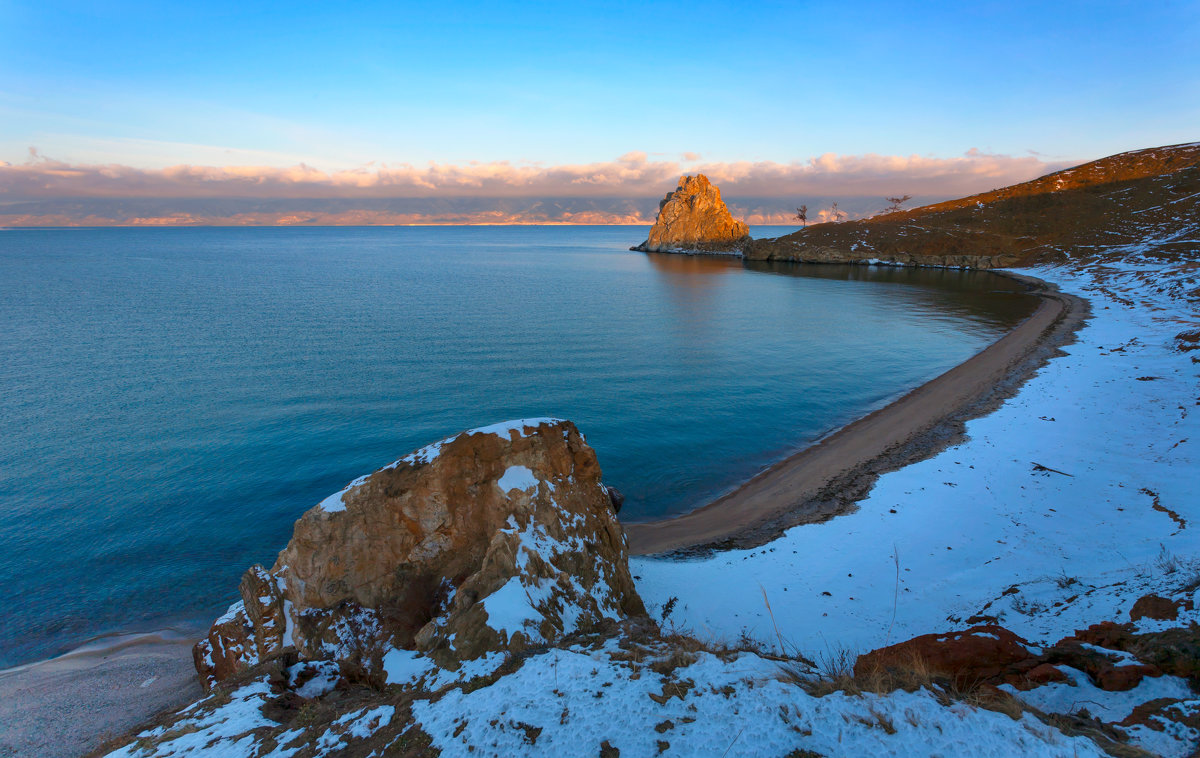 Берег острова Ольхон - Анатолий Иргл