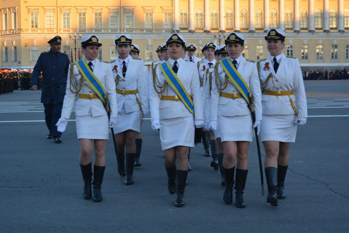 Репетиция на Дворцовой - Лариса Лунёва