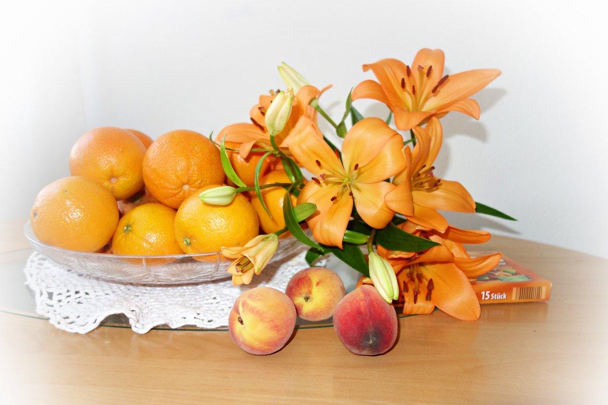 """""""Мое настроение-оранжевый цвет..."""" - Galina Dzubina"""