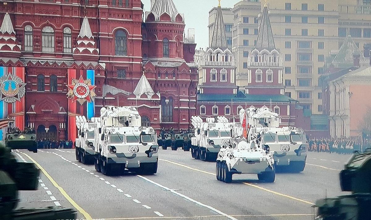 Парад на Красной площади. - Tata Wolf