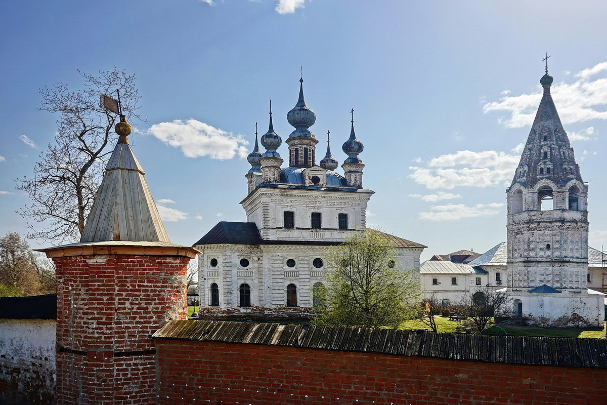 Михайло-Архангельский монастырь - Юрий Шувалов