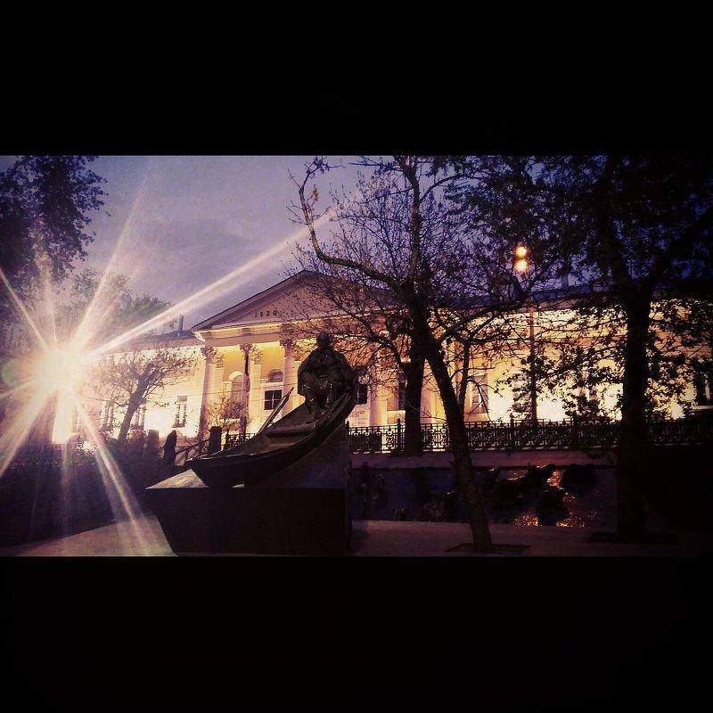 Ночной бульвар - Виктория Нефедова