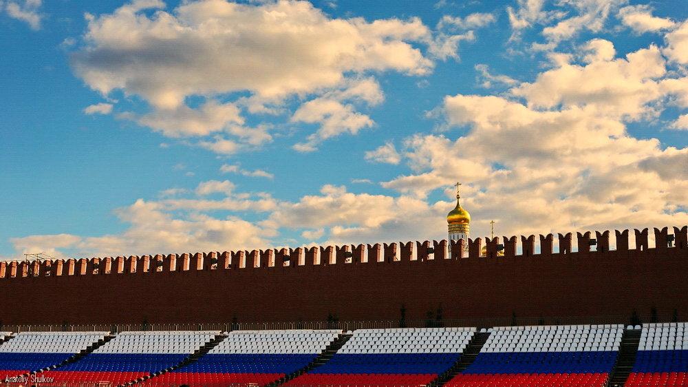 Купола в России кроют чистым золотом... - Анатолий Шулков