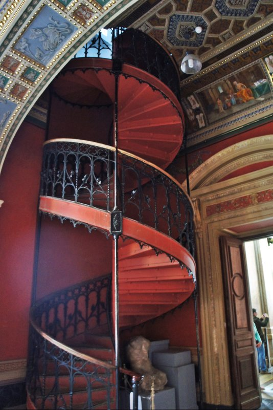 Винтовая лестница в  мастерскую скульптуры - Елена Павлова (Смолова)