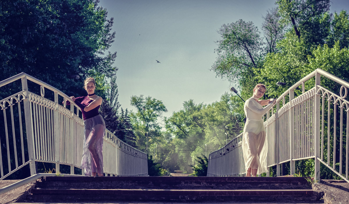 Алина и Лера - Сергей