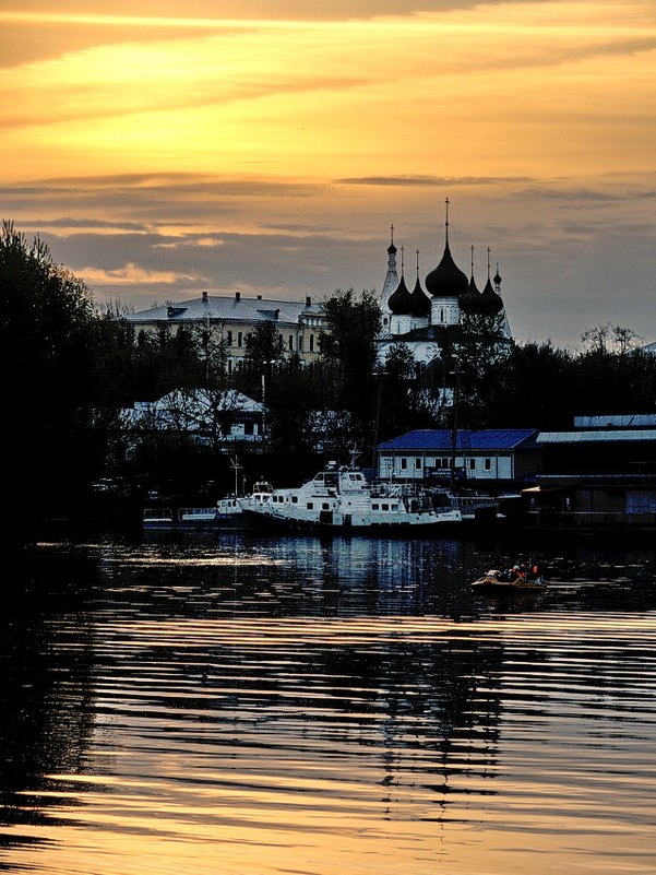 Тихий майский вечер, на закате - Николай Белавин